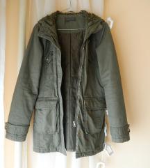 Hosszú khaki kabát