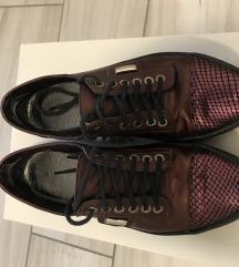 Divat cipő
