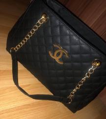 Eladó Chanel táska