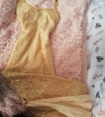 Csoda szép ruha