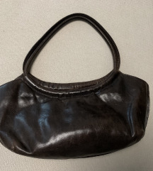 Monogram barna bőr táska