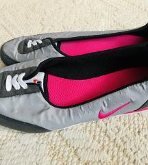 Eredeti Nike sportos balett cipő