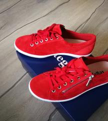 Új Legero piros cipő 38-as