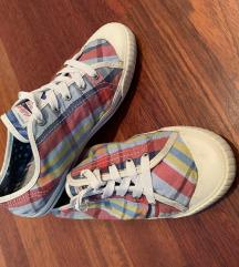 Tommy Hilfiger tornacipő