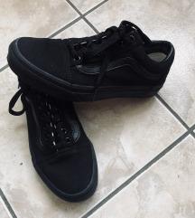 Budmil cipő , Kőszeg gardrobcsere.hu