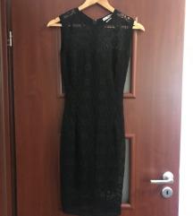 LA PIERRE fekete csipkés alkalmi ruha
