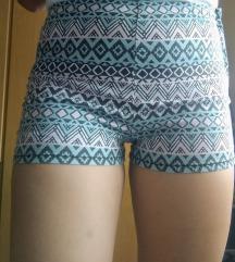 Azték mintás rövid nadrág