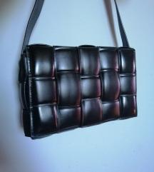 <i> Bottega Veneta replika fekete </i>