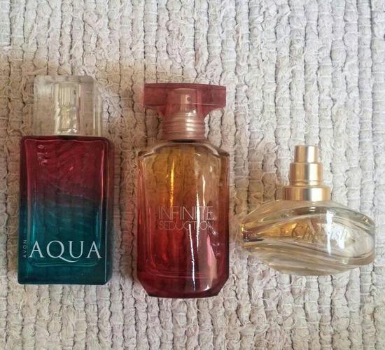 AVON parfümök (darabok)
