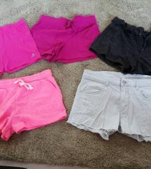 Lány rövidnadrágok