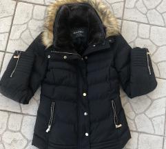 Fekete téli dzseki