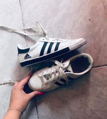 Adidas repi cipö