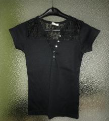 Fekete csipkés póló