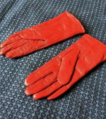 Piros bőrkesztyű