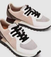 Keresem Zara cipő  38