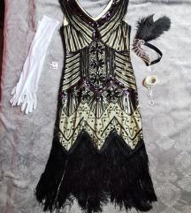 Rojtos ruha kiegészítőkkel