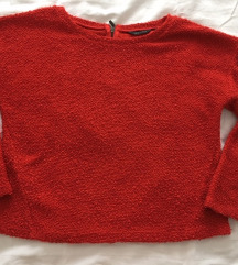 piros pulóver