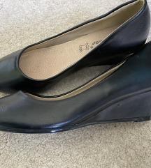 Fekete éktalpú cipő