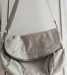Vajszínű műbőr táska