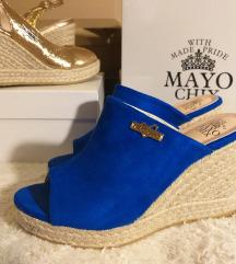 Mayo chix garancias, uj kek magastalpu