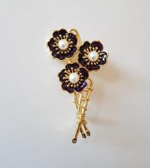 ÚJ gyöngyös, virágcsokor alakú bross / kitűző
