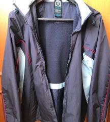 Tavaszi kapucnis kabát