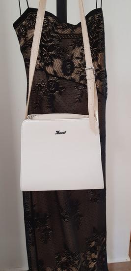 Karen elegáns váll- és átvevős táska