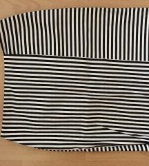 Fekete-fehér csíkos miniszoknya
