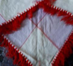 Háromszög alakú vállkendő - csere v. 250 Ft