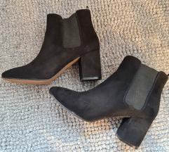 H&M művelúr fekete bokacsizma