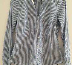 Karcsúsított kék ing