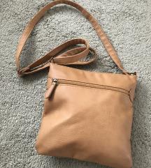 Teve színű kis alakú műbőr táska