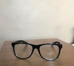 Divatszemüveg fekete kerettel dioptria nélkül 1d96daf467