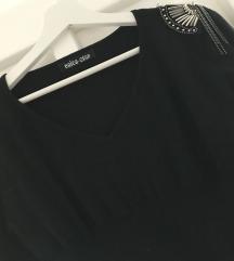 Fekete válldíszes kötött ruha / tunika - 36