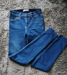 Pull&Bear mid waist skinny farmer XS