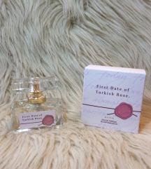 ÚJ avon parfüm