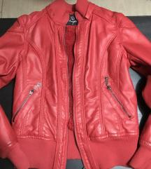 Piros műbőr kabát