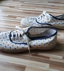 Bensimon pöttyös cipő (38 méret)