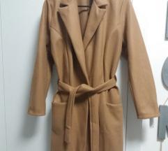 Szövet Kabát övvel barna színben