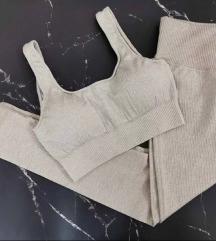 Alakformáló bordás legging jóga sport nadrág edzős