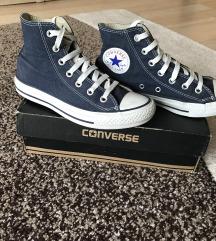 Sötétkék converse cipő