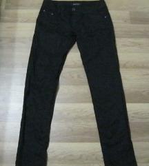 Fekete vékony nadrág