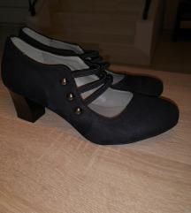 Fekete velúr cipő
