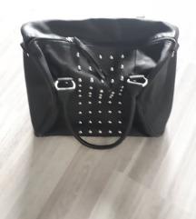 Kis fekete műbőr táska