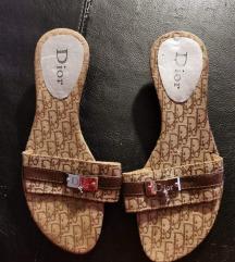 Dior papucs