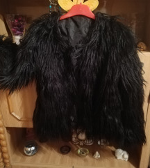 Fekete szőrme kabát, bunda