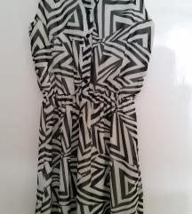 Fekete-tört fehér félig gombos muszlin miniruha