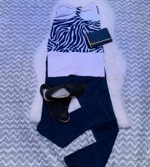 Kék-fehér felső/ruha
