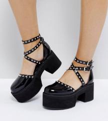 Szegecses chunky cipő