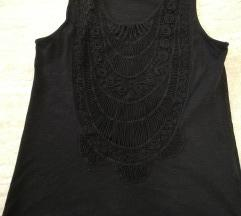 Fekete, hímzett mintás top